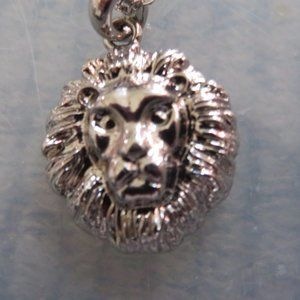ONE WAY COLLECTION - LION HEAD NECKLACE